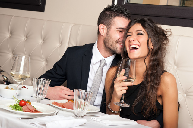 how-to-flirt-properly-1477380662403